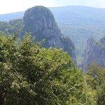 De opening van de canyon gezien vanuit Vlasi