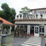 Beatles Restaurant, live cover band plays during weekend