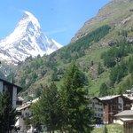 Aussicht auf das Matterhorn (vom Zimmer aus)