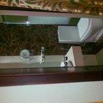 Photo de KBC Green Park Hotel