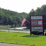 Sleep Woodstock Motel
