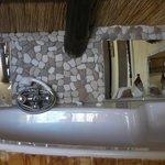 Plumtree bathroom
