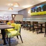 Lincolns Bar