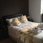 Habitación cómoda y limpia