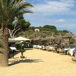 Vista restaurante Garbet junto a la playa