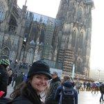 Pouco antes de entrar na catedral de Köln!