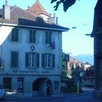 Evening walk to Vieux Lausanne