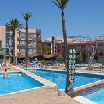 Vue hotel et piscines