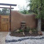 Example of Japanese touch to landscape in casita private area