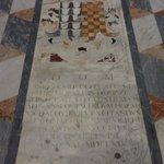 Eglise San Gaetano - marbre au sol