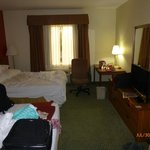 Standard room with HD TV and free Wi-fi
