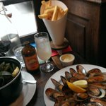 Double-Your-Mussels deal every Sunday and Monday