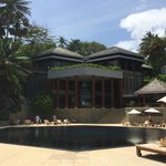 The grand pillars of Surin