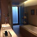 Bath room on level 3 ocean view