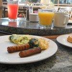 オープンテラス 朝食