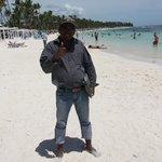 vendedores de excursiones, en la playa