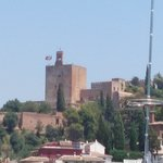 Blick zum Alhambra vom Balkon
