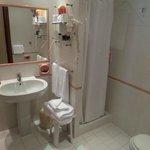 Baño habitación 212