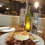 Bacon & Eggs for dinner, yes it does happen Dubbo!!