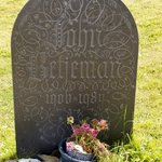 Betjeman's grave at St Enodoc, just off the 10th hole.....