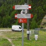 crossroads to Ponte Calcheira