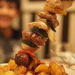 Mega skewer with roasted potatoes