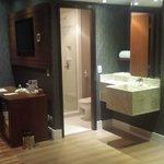 2o banheiro da suite executive