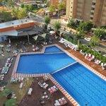 pool area around 16:00