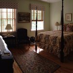 Edward & Alexandria suite