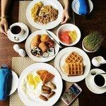 Breakfast at Waves Restaurant, 4th floor