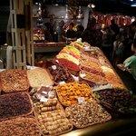 De Boqueria Markt (5 minuten van Acta Mimic)