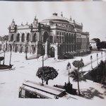 Foto antiga do Teatro