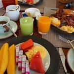 Breakfast !!!