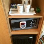 Tea/coffee making facilities, glasses, safe & fridge