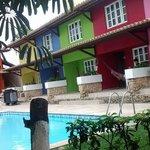 Apartamentos e piscina infantil