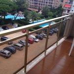 Wobbly balcony ????