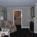 seating room in 1 bedroom suite