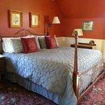 Victorian Room - King Room