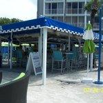 Sandbox Pool Bar