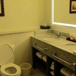 bathroom room 5111