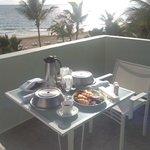 breakfast on the balcony.  rm 305