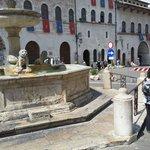 Fonte da Piazza del Comune de Assisi