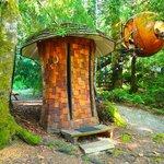 Sphere und Toilette