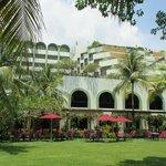 PARKROYAL RESORT HOTEL