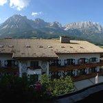 Utsikt från vårt rum, helt fantastiskt!!