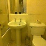 Room 109 bathroom