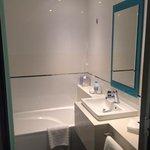Refurbished Full bathroom