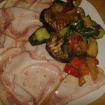 Porchetta leggera e verdure grigliate