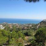 Vistas al pueblo y al mar