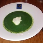 Spinach soup (hot)